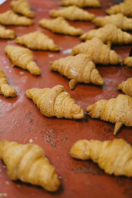 Gratis lagerfoto af bagt, brød, croissanter