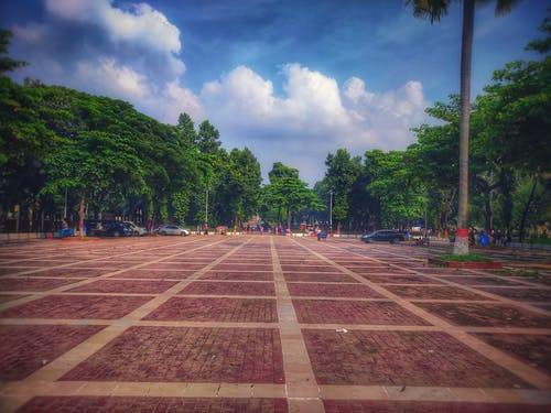 Fotos de stock gratuitas de cielo azul, cielo hermoso, ciudad de bangladesh, coche negro