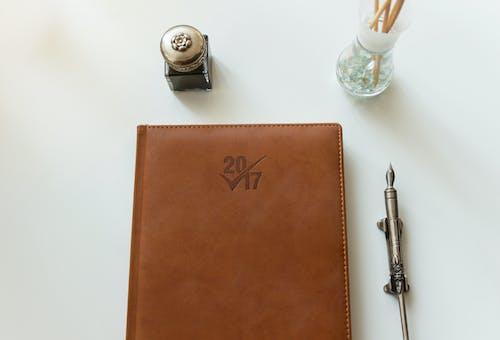 2017年, 墨水, 墨水壶, 墨水笔 的 免费素材照片