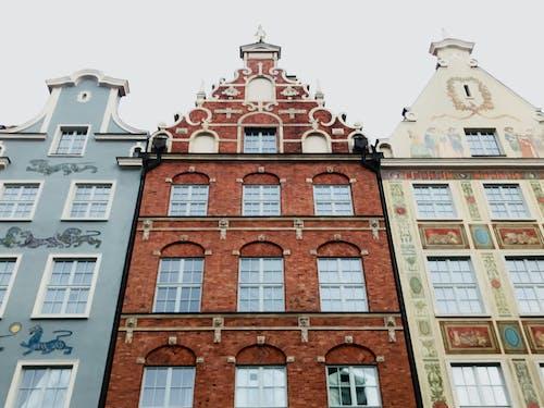 Ảnh lưu trữ miễn phí về ánh sáng ban ngày, Ba Lan, bầu trời, các cửa sổ
