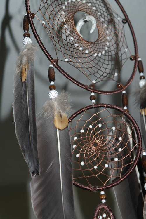 Black and White Feather Decor