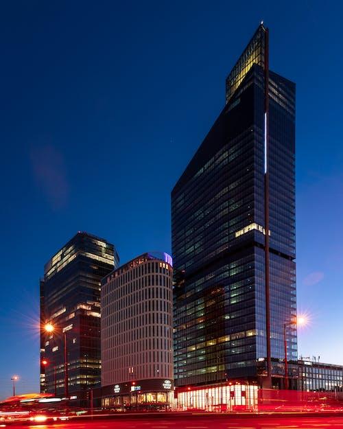 Kostenloses Stock Foto zu architektur, beleuchtung, blau