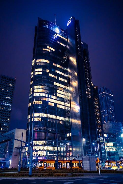 Kostenloses Stock Foto zu abend, architektur, beleuchtet