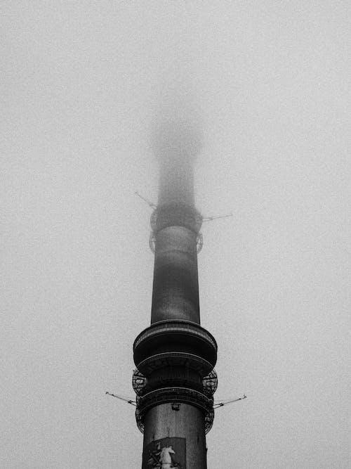 Безкоштовне стокове фото на тему «архітектура, Будівля, вежа, дим»