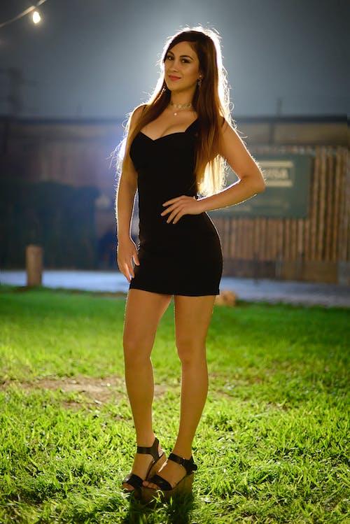 Free stock photo of anfitriona, modelo, mujer