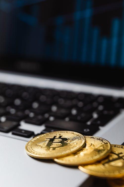 エレクトロニクス, お金, コンピューター, データの無料の写真素材
