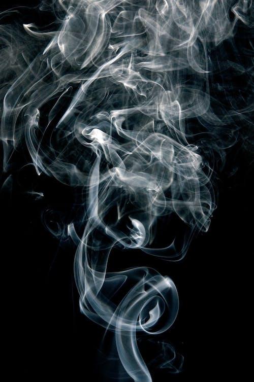 Безкоштовне стокове фото на тему «відтінки сірого, дим, димова фотографія, монохромний»