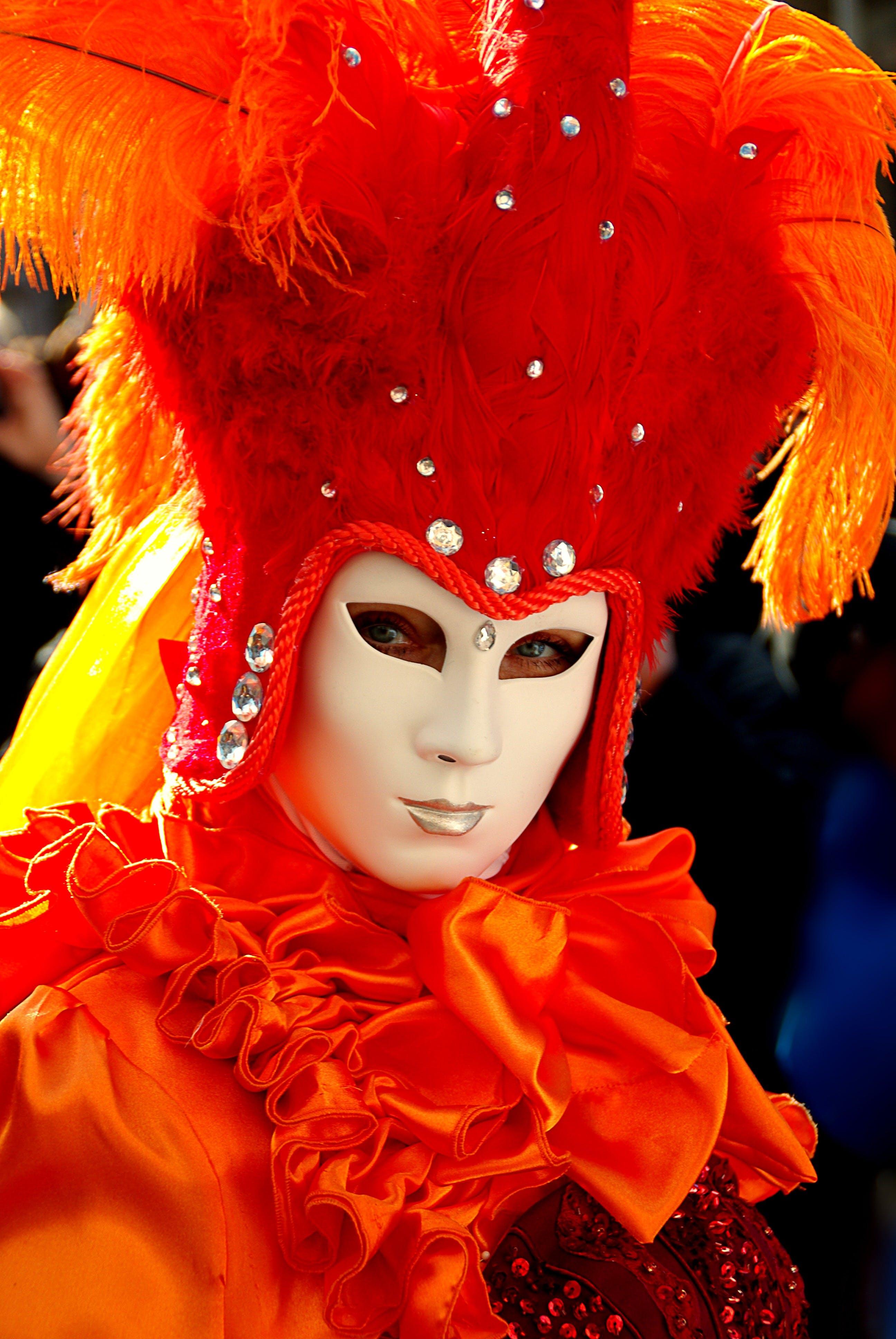 Kostenloses Stock Foto zu person, kostüm, karneval, maskenspiel