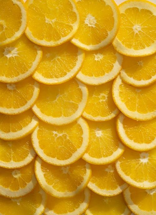Layout of sliced juicy oranges