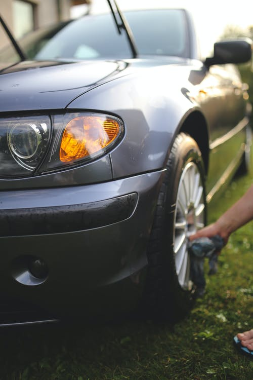 Cleaning of wheels