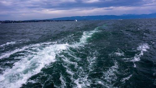 Foto d'estoc gratuïta de acomiadar-se, aigua, barques