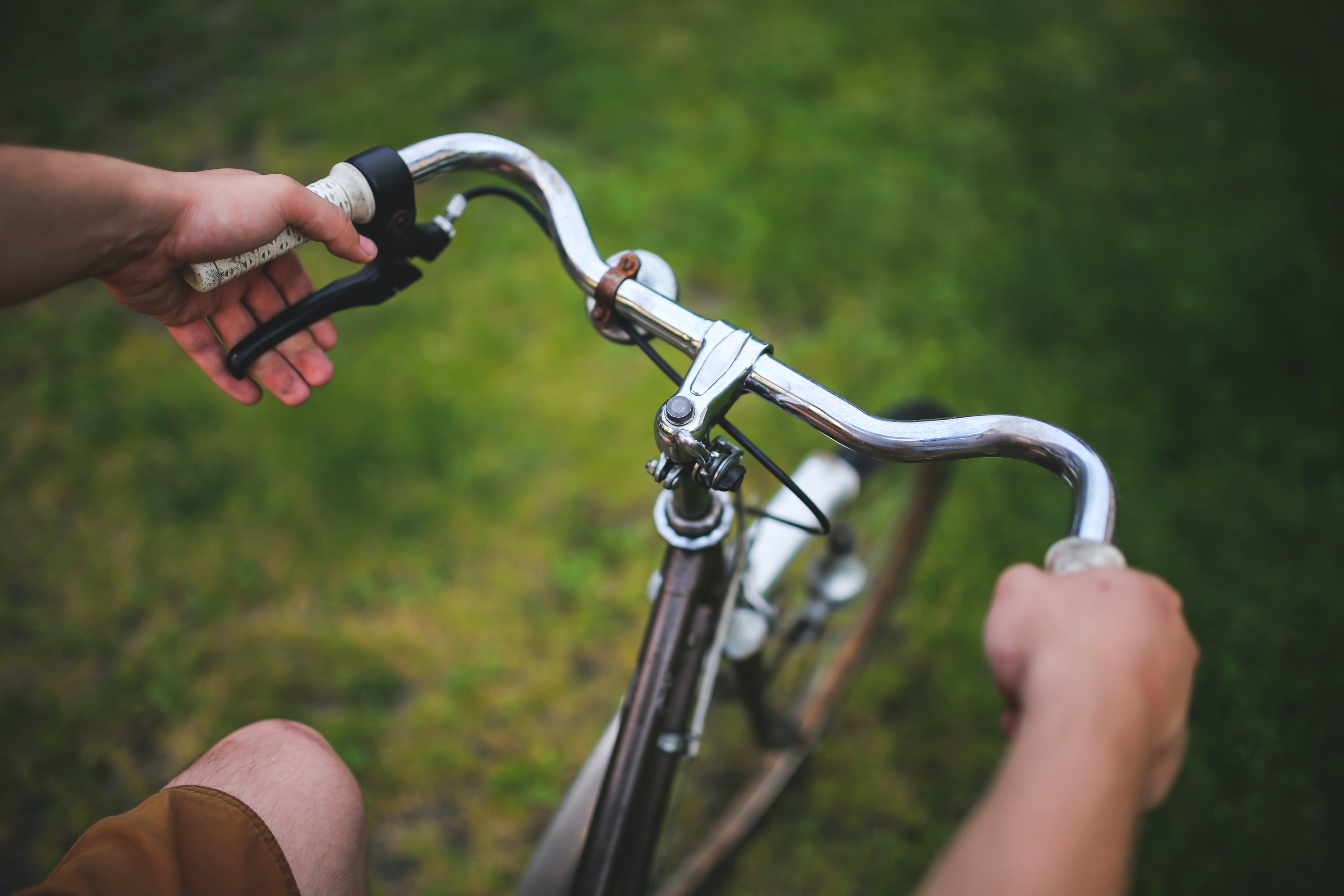 Kostenloses Stock Foto zu fahrrad, lenker