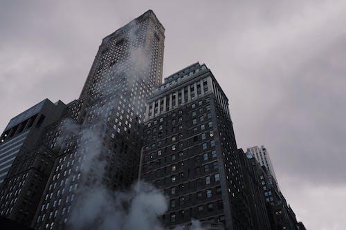 คลังภาพถ่ายฟรี ของ ขาวดำ, ตึก, ตึกระฟ้า, ทิวทัศน์เมือง