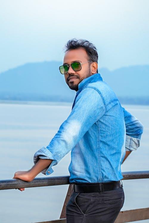 Gratis stockfoto met 70 mm 300 mm, Adobe Photoshop, blauw shirt, buitenfotografie