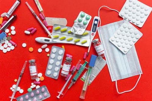 Бесплатное стоковое фото с covid-19 вакцина, ампулы, вакцинация