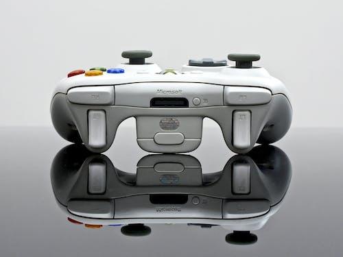 Xbox, 反射, 打電動, 打電動遊戲 的 免费素材照片