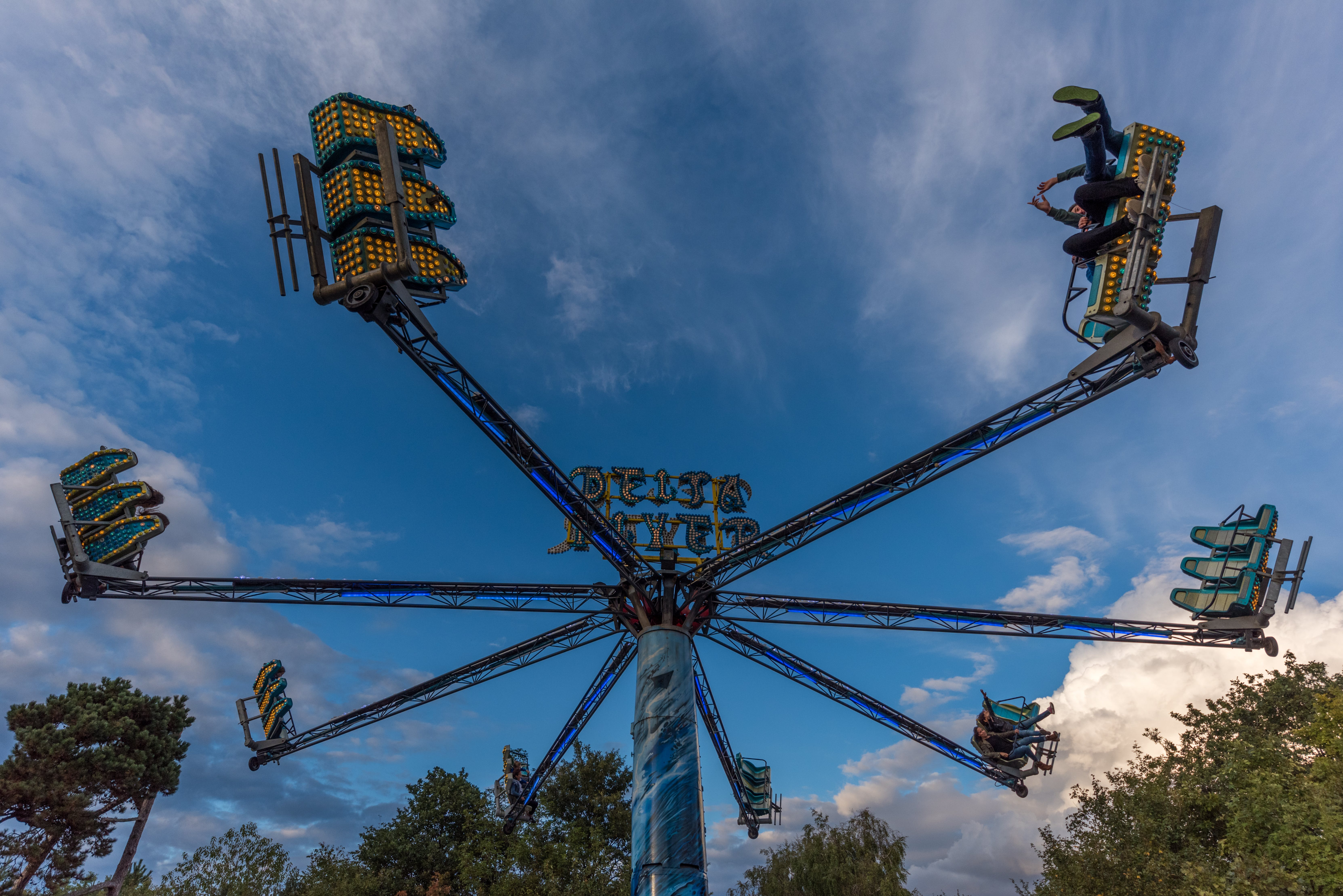 Free stock photo of blue, blue sky, fast, funfair
