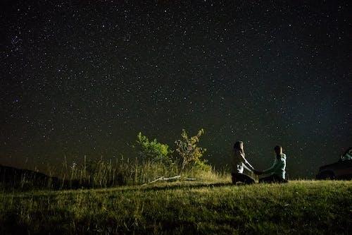 Aşk, gece, gökyüzü, ışıklar içeren Ücretsiz stok fotoğraf