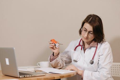 คลังภาพถ่ายฟรี ของ trodat, การลงชื่อ, คุณหมอ