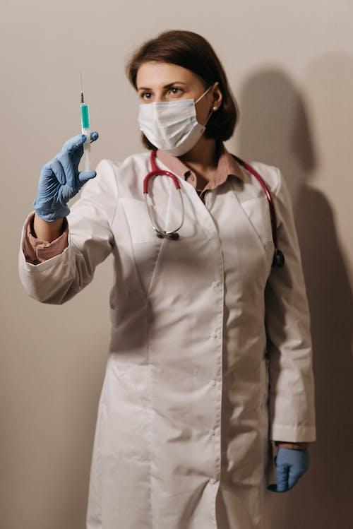 คลังภาพถ่ายฟรี ของ ppe, การยืน, คุณหมอ