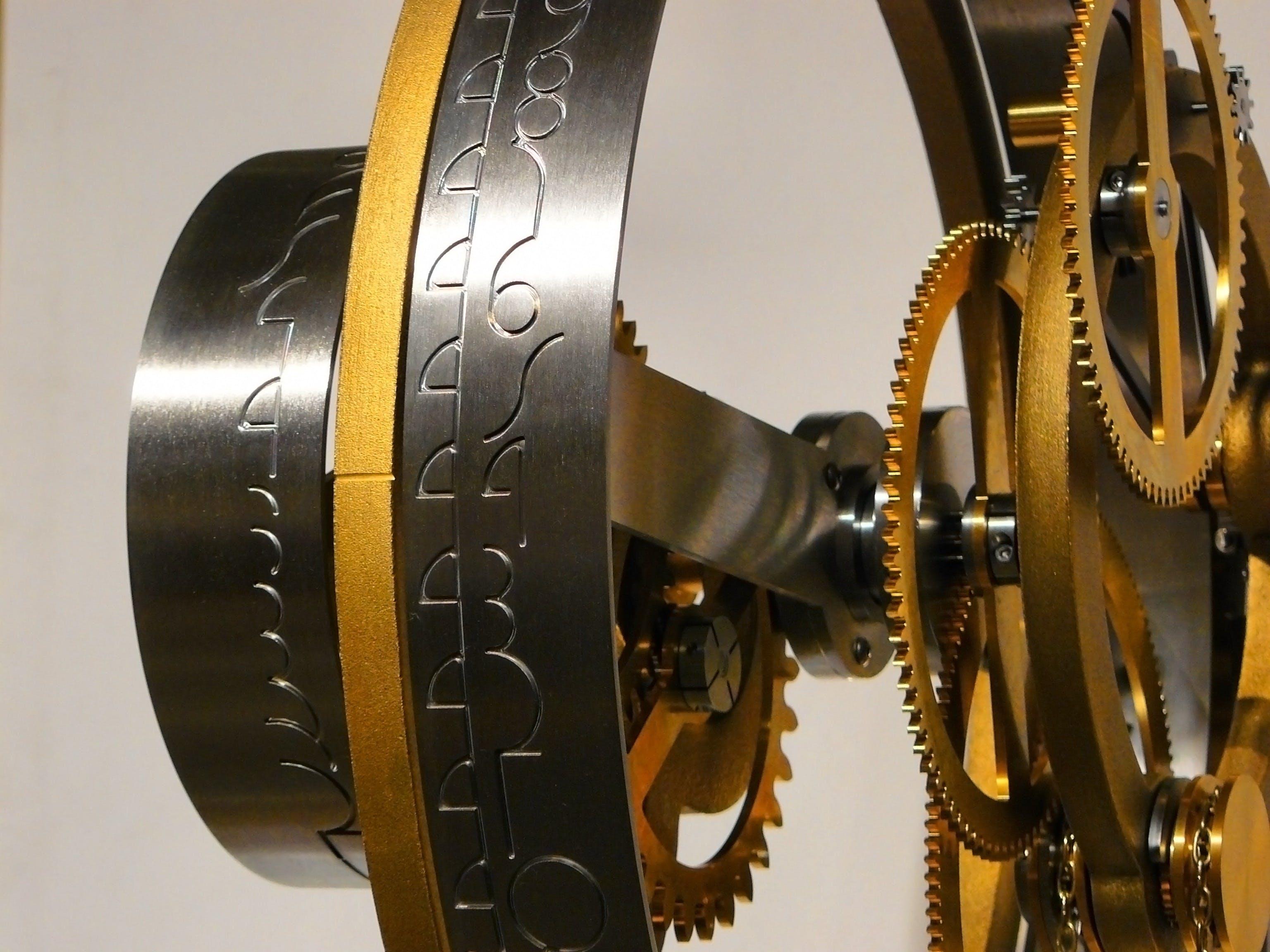 Black and Gold Machine