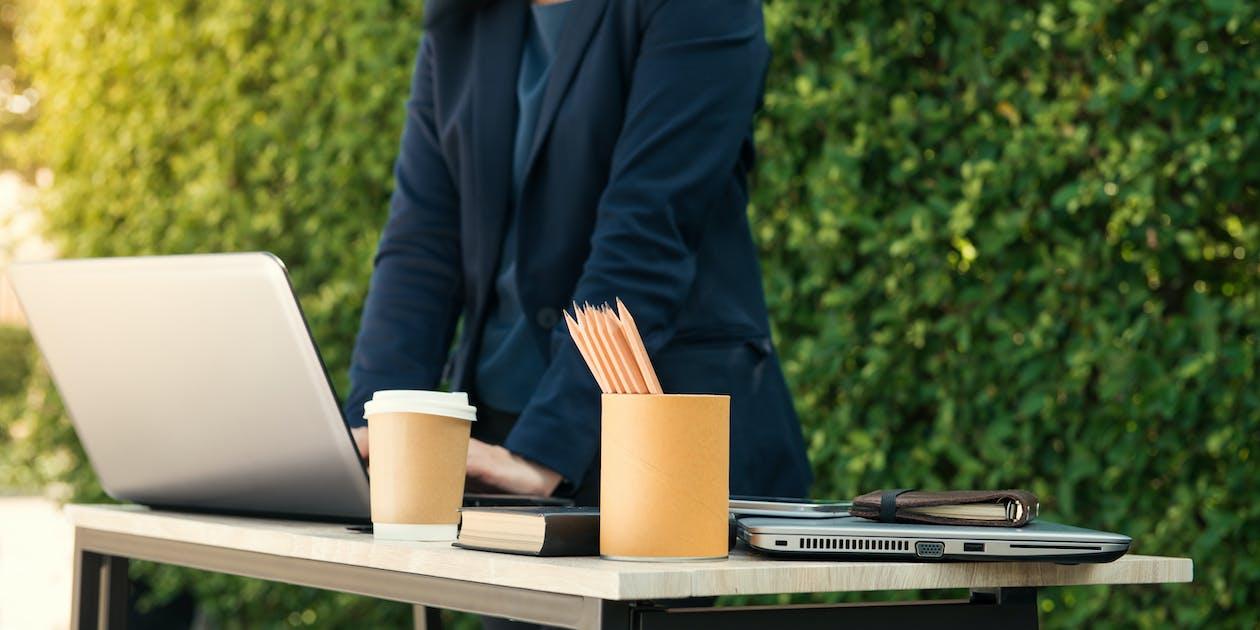 biznes, kawa, komputer