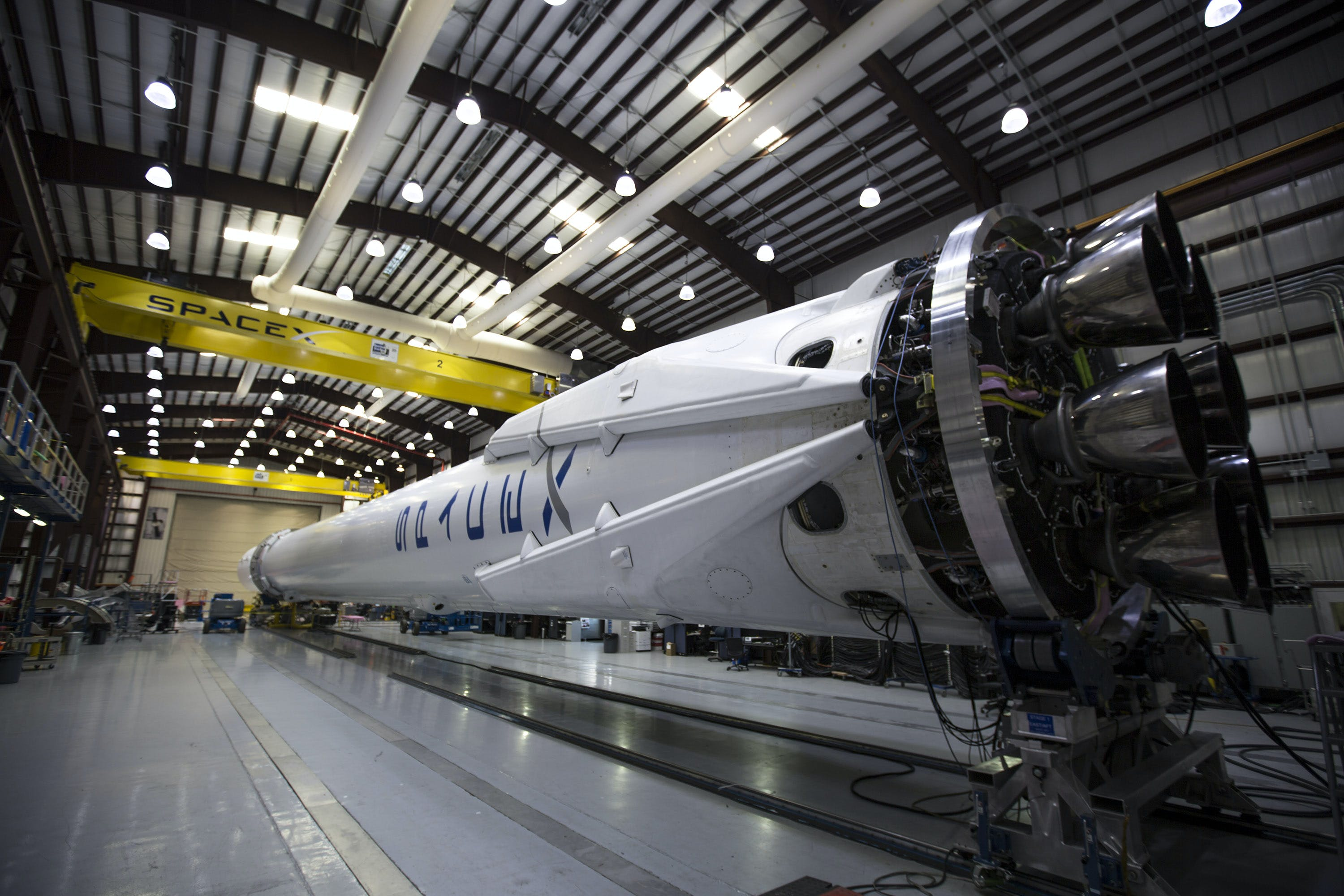 Free stock photo of falcon 9, hangar, lights, machines