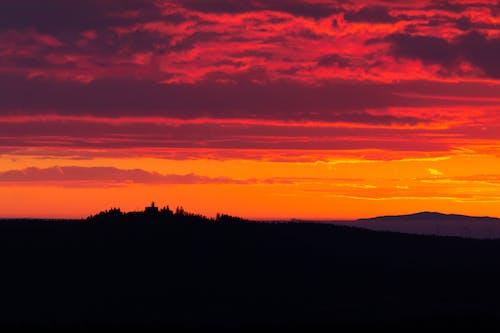 Fotos de stock gratuitas de color del atardecer, colores del atardecer, hermoso atardecer, mirador de montaña