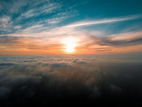 Breathtaking view of sky with clouds on sunset
