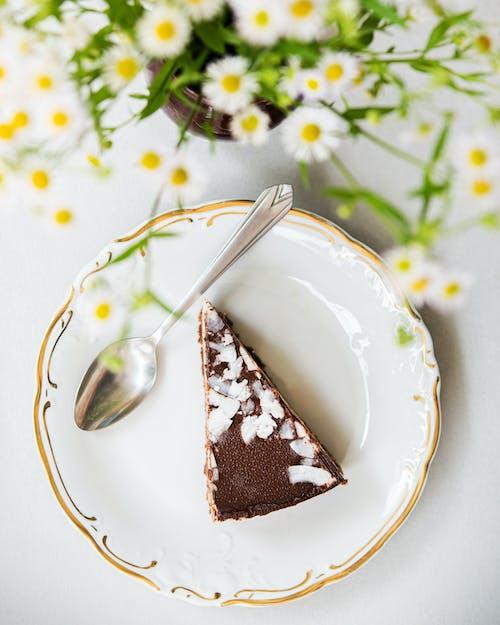Kawałek Smacznego Ciasta Podany Na Talerzu
