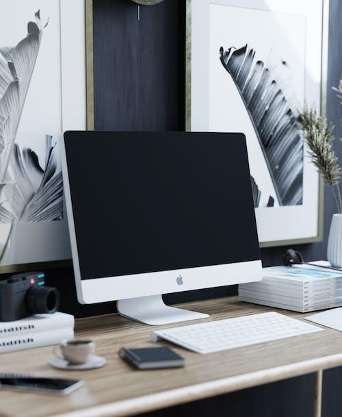 Ingyenes stockfotó alma számítógép, csendélet, faasztal témában
