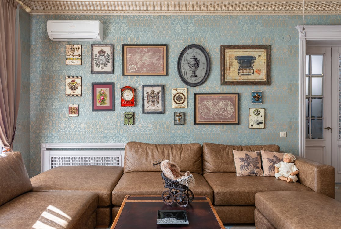 Cozy living room with vintage pictures