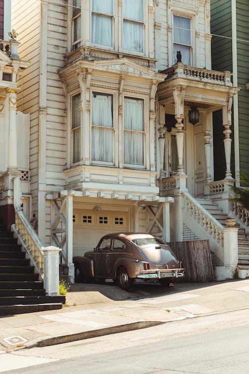 Δωρεάν στοκ φωτογραφιών με vintage, αρχιτεκτονική, αρχοντικό, άσφαλτος