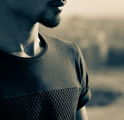 Бесплатное стоковое фото с детали, мужчина, фокус