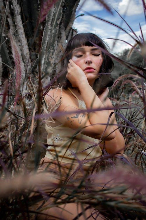 スマイル, ヌード, ファッションの無料の写真素材