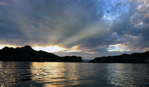 Fotobanka sbezplatnými fotkami na tému agua verda, lúče, Mexiko, more cortez