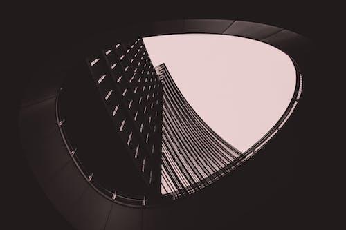 Kostenloses Stock Foto zu architektur, design, hoch schauen, launisch