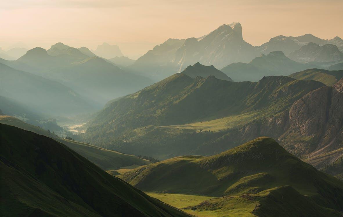 Immagine gratuita di alba, cloud, collina