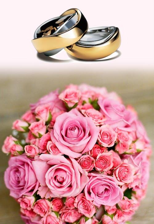 alyanslar, buket, düğün, güller içeren Ücretsiz stok fotoğraf
