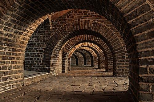 Безкоштовне стокове фото на тему «арки, архітектура, Будівля, каміння»