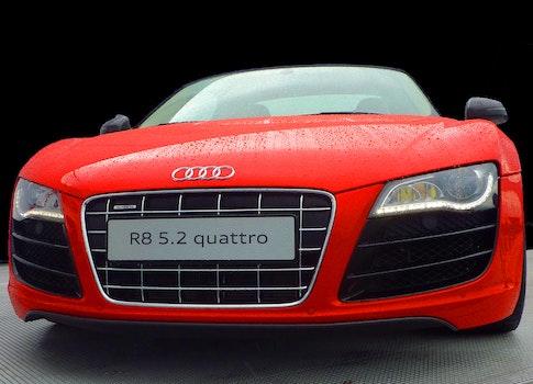 Red Audi R8 Quattro