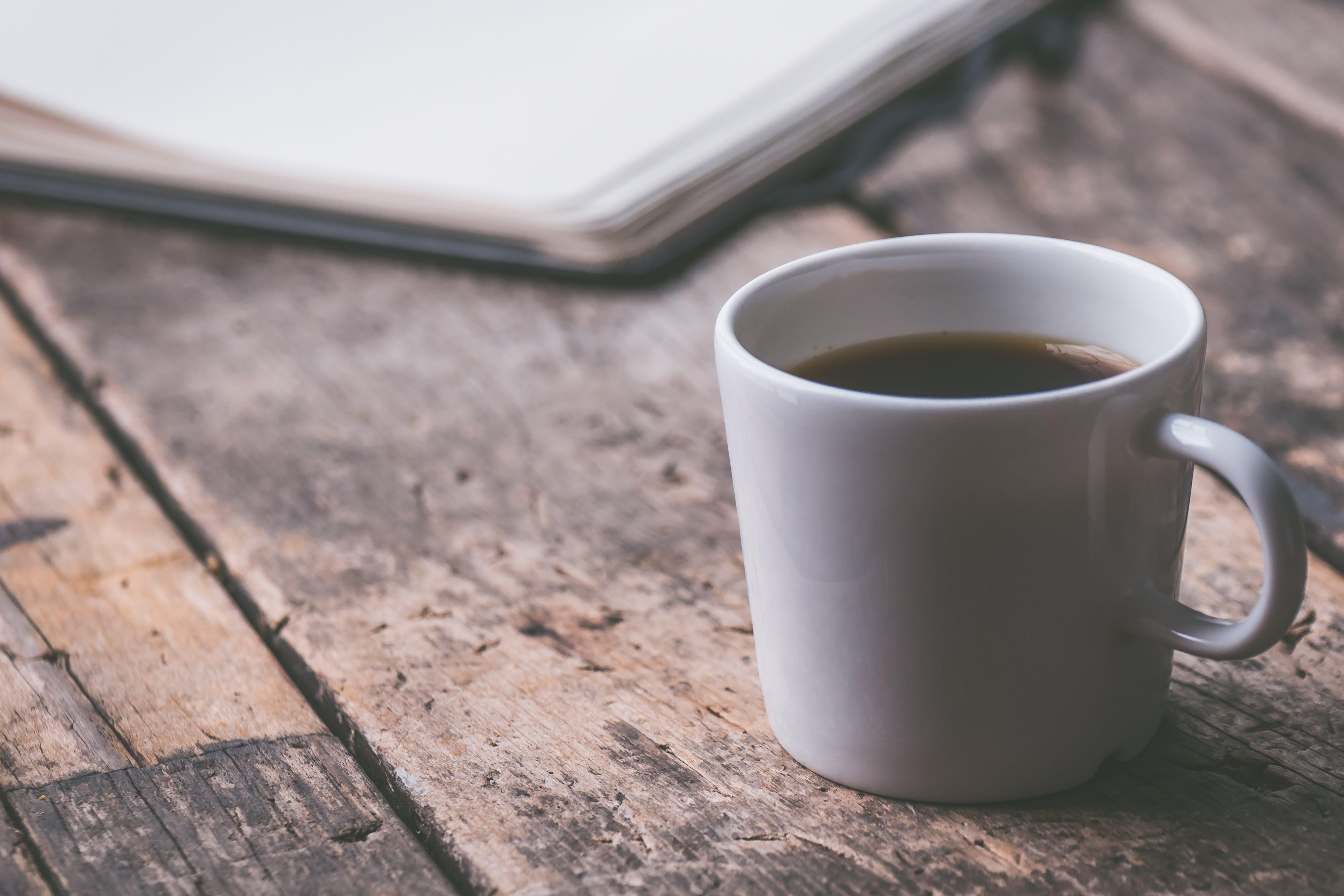 Kostenloses Stock Foto zu koffein, kaffee, tasse, becher