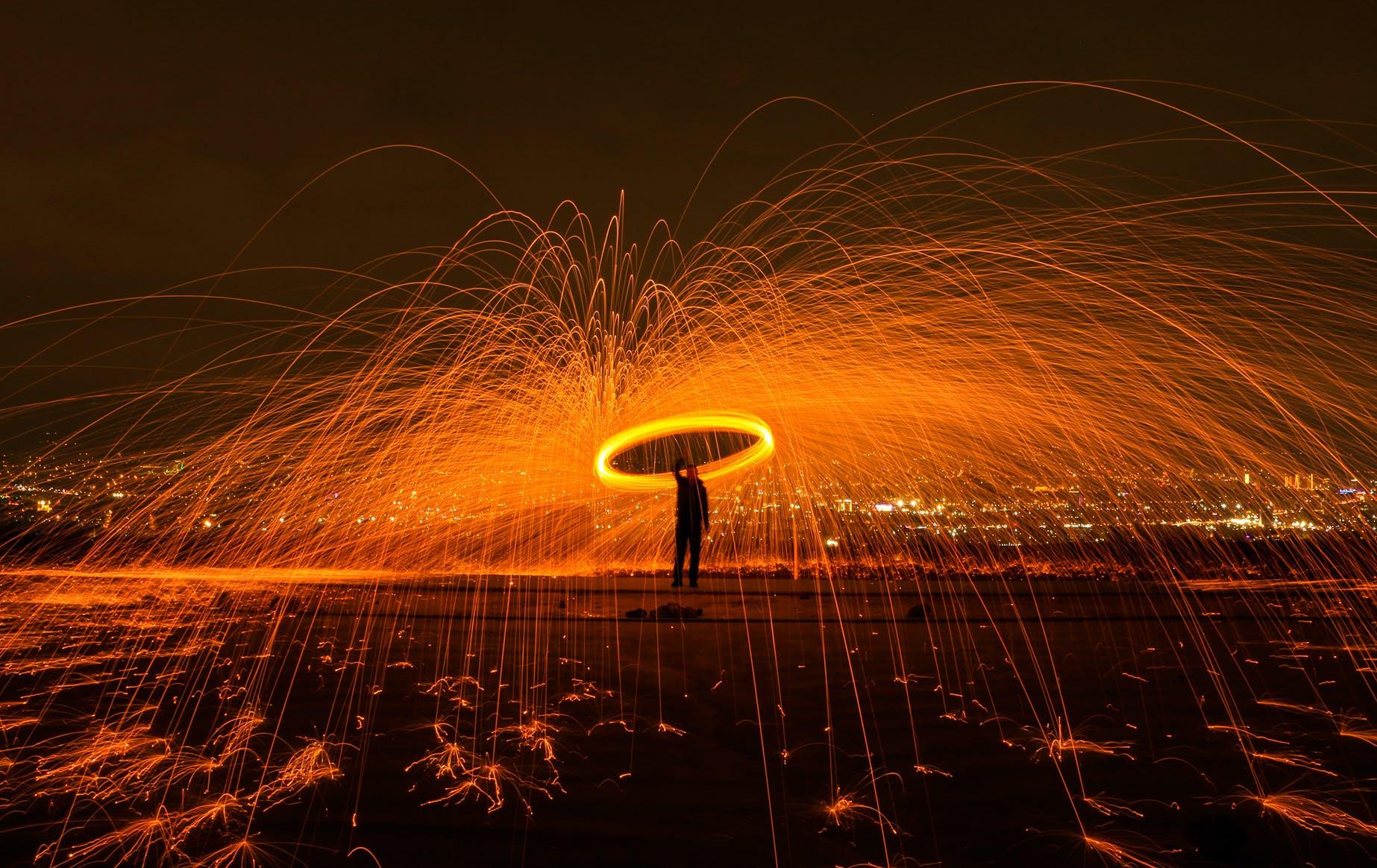 Základová fotografie zdarma na téma hořet, horko, jiskřit, kouzelník