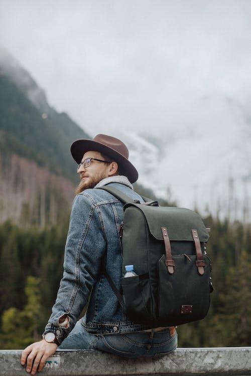 Kostnadsfri bild av atmosfär, äventyr, bagage