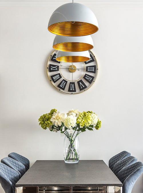 Бесплатное стоковое фото с букет, в помещении, ваза, вертикальный