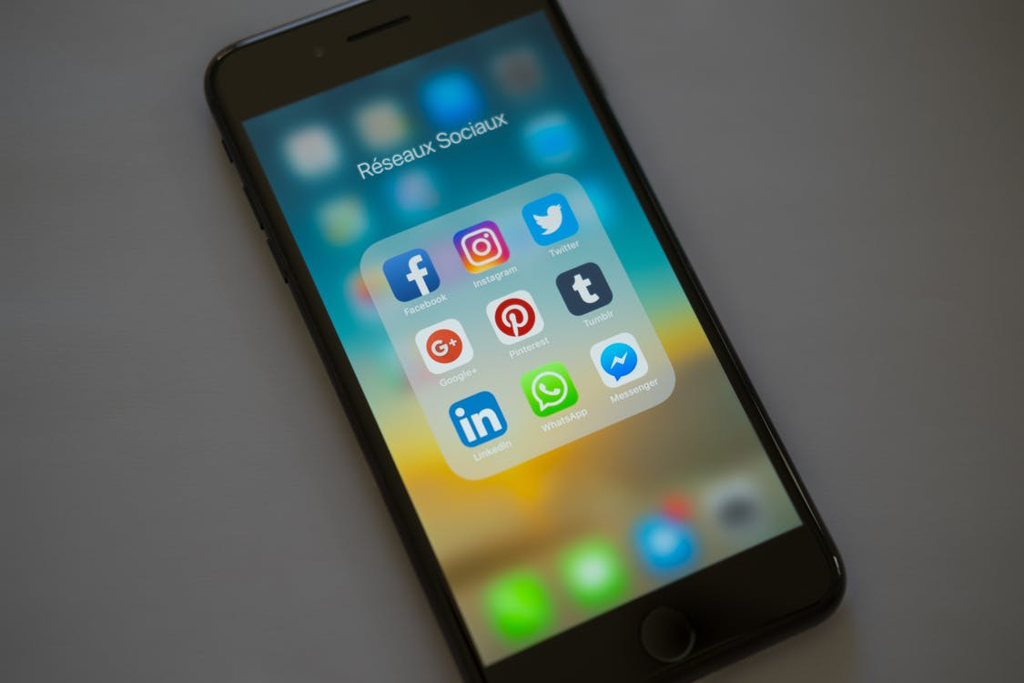 Free stock photo of apple, cell phone, facebook