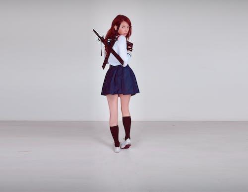 คลังภาพถ่ายฟรี ของ schoolgirluniform, คอสเพลย์, ดาบ, เด็กสาว