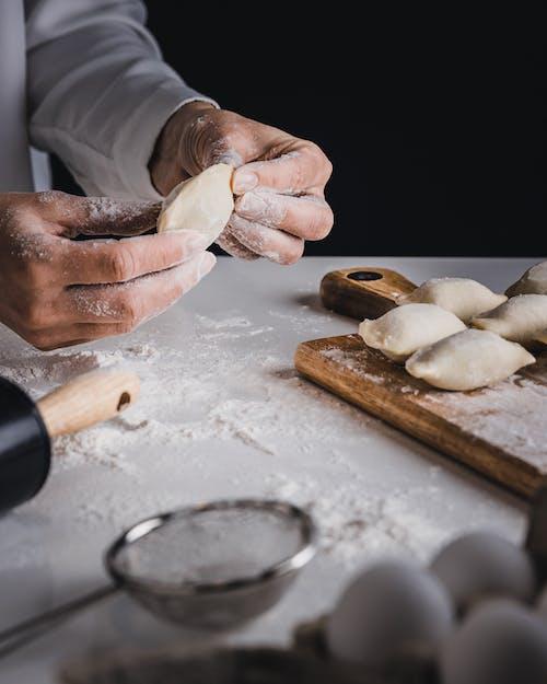 Kostenloses Stock Foto zu backen, bäcker, bäckerei