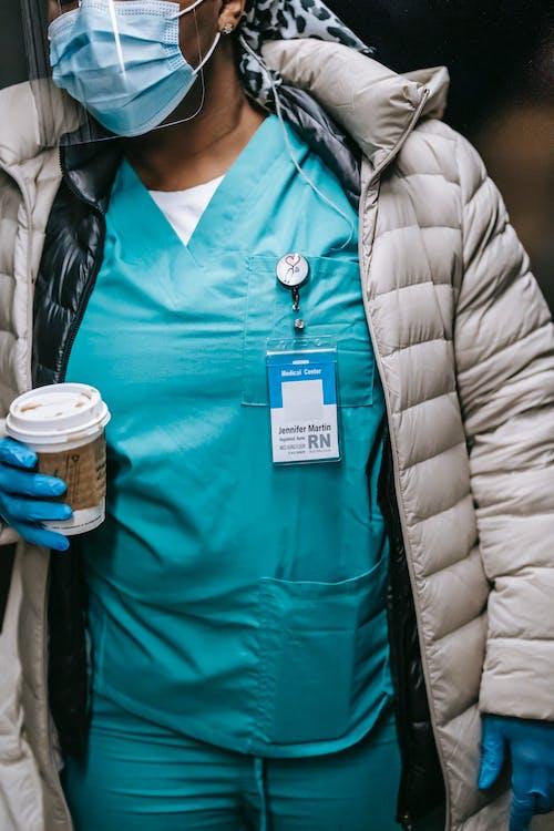 Gratis stockfoto met afhalen, Afro-Amerikaanse vrouw, anoniem, arts