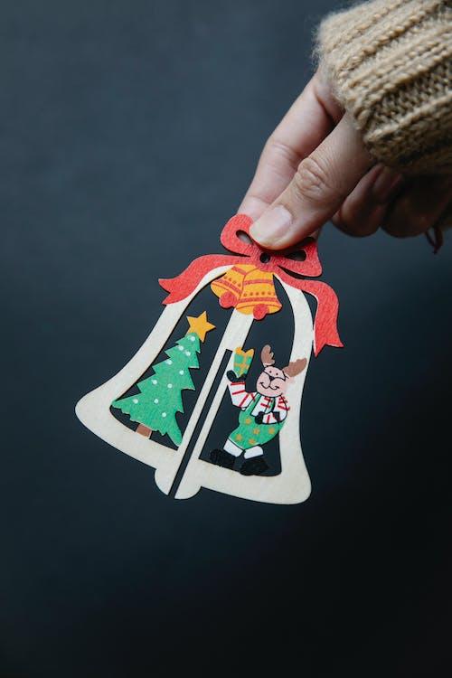 白赤と緑のクリスマスツリープリントテキスタイル